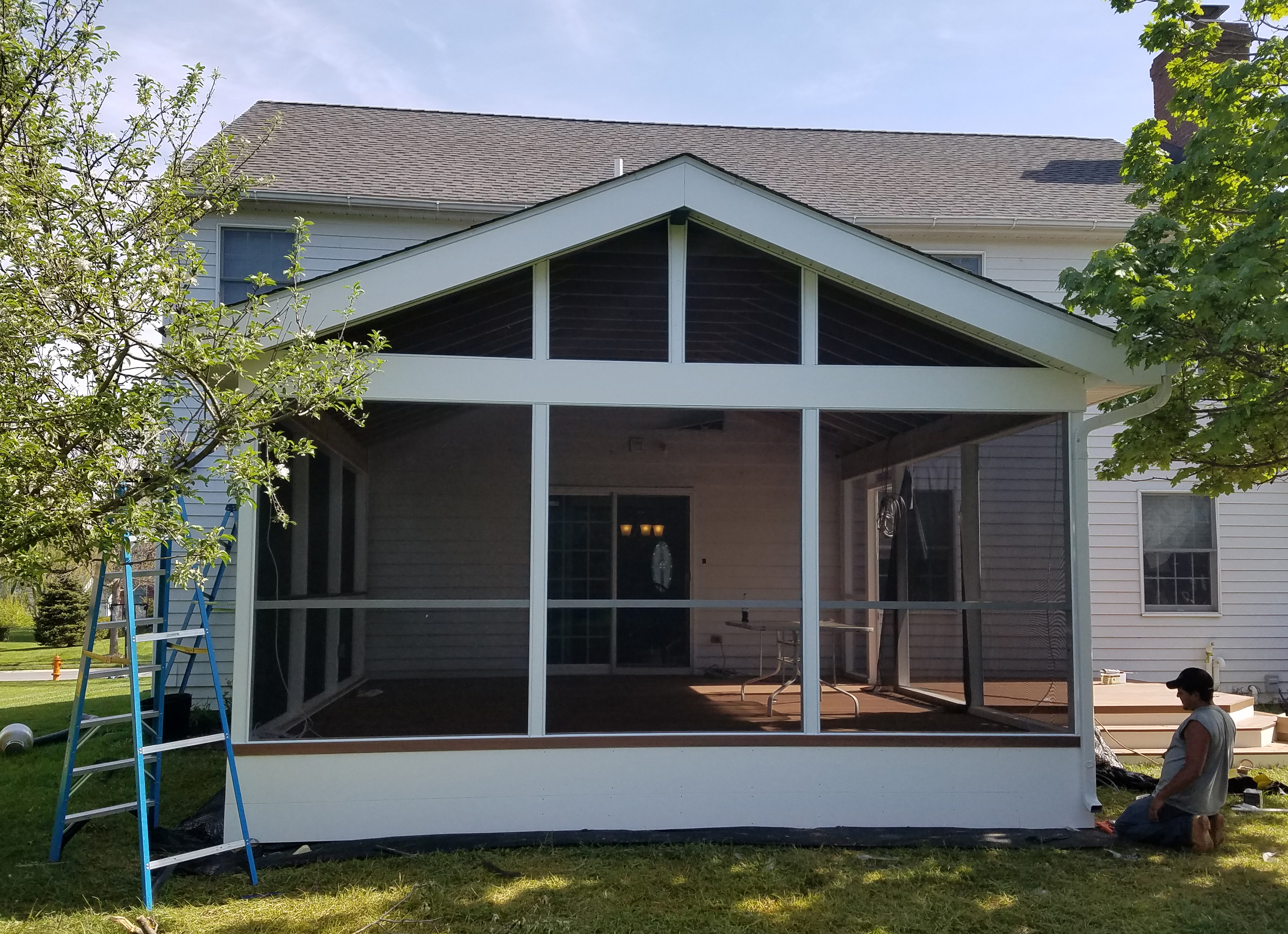 Annapolis screened porches coastal outdoor spaces is an for Screened sunroom